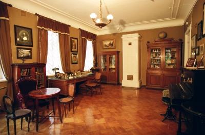 Музей-квартира путешественника П.К. Козлова